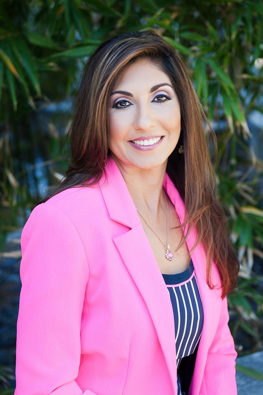Suzanne Somers BHRT | Sakina Davis, MD - Forever Health Practitioner